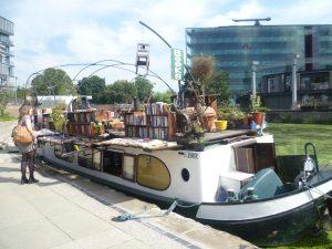 1 Book boat